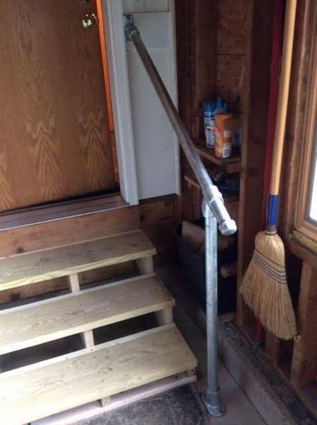 15 Exemples de Mains Courantes pour Escalier Installées par nos Clients
